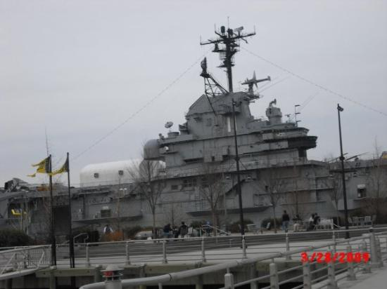 Intrepid Sea, Air & Space Museum : The Intrepid