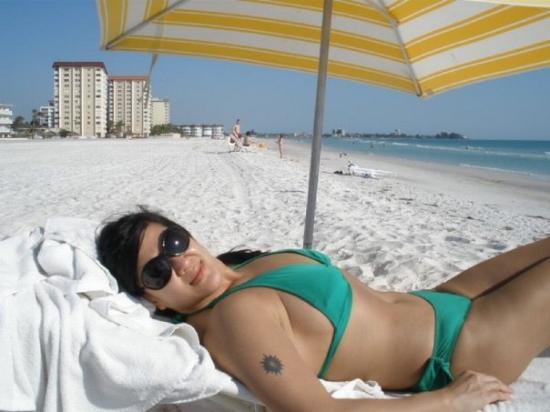 ซาราโซตา, ฟลอริด้า: I need a boob job .... now