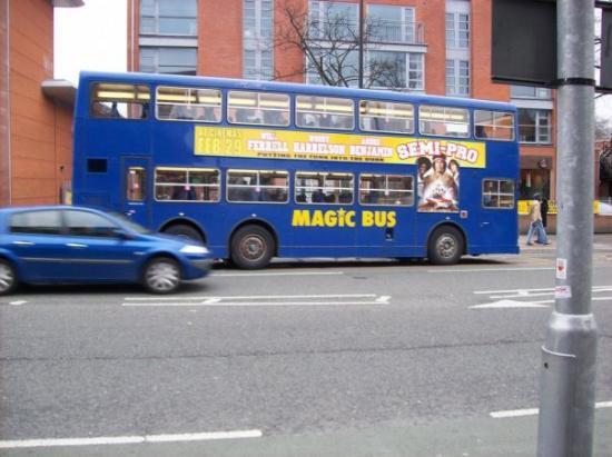 แมนเชสเตอร์, UK: Magicbus byl fakt jízda!