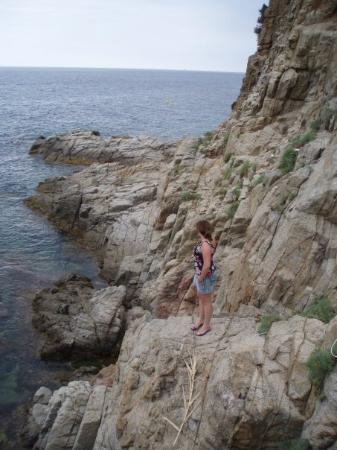 Lloret de Mar, สเปน: Walking around on clifs