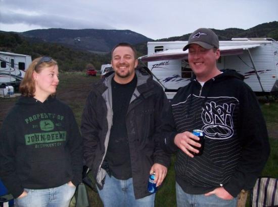 อิลิ, เนวาด้า: Uncle and Niece and Nephew