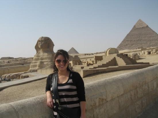 Khafre, the second pyramid: Cairo