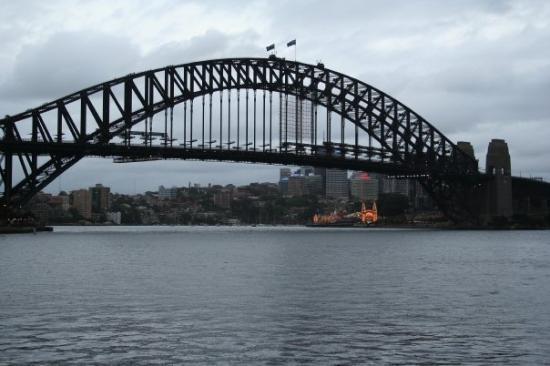 สะพานซิดนีย์ฮาเบอร์: Sydney Harbour Bridge, from the Opera House