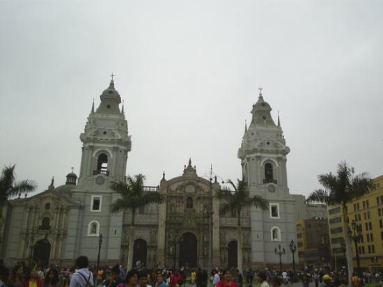 ลิมา, เปรู: catedral centro LIMA