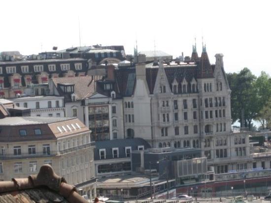 โลซาน, สวิตเซอร์แลนด์: Lausanne Une drôle de ville sur trois étages, mais une belle architecture