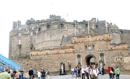 ปราสาทเอดินเบิร์ก: Edinburgh - castle