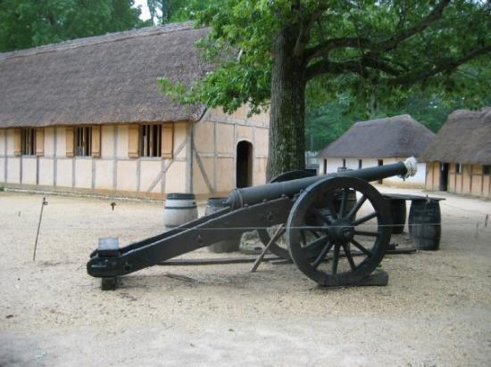 วิลเลียมสเบิร์ก, เวอร์จิเนีย: Jamestown. Seeing how they lived makes you appreciate what we have now.