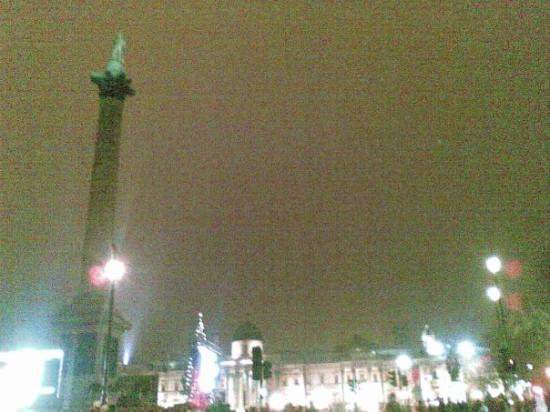 Trafalgar Square: TRAFALGAR SQAURE