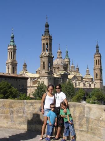 Basilica de Nuestra Senora del Pilar ภาพถ่าย