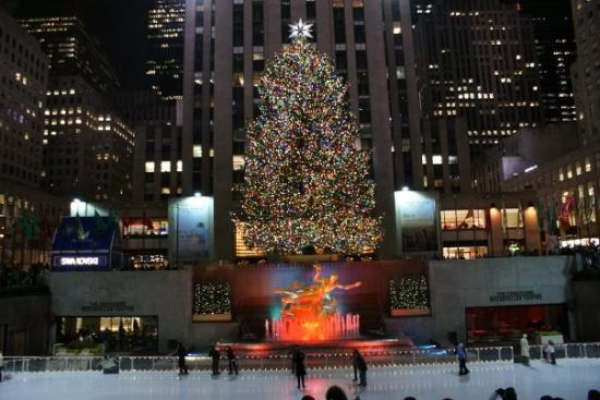 Rockefeller Center: Christmas tree at Rockefeller Plaza.
