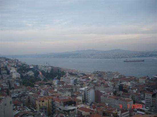 Bosphorus Cruise: View from Galata Tower