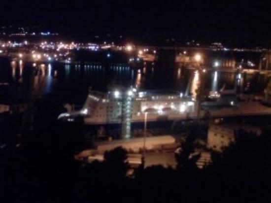 อันโคนา, อิตาลี: Ancona - Il porto di notte