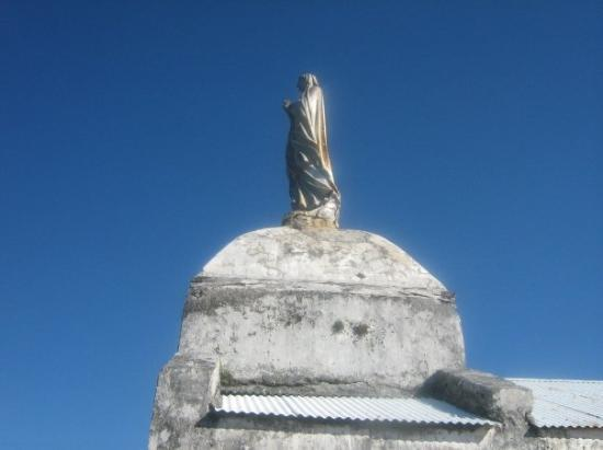 ลีฟู, นิวแคลิโดเนีย: Our Lady of Lourdes, high above, watches over the Island
