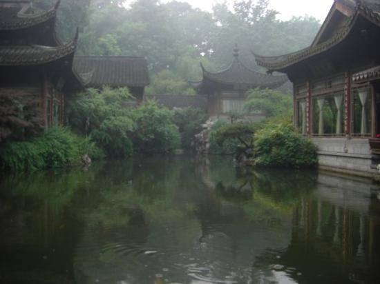West Lake (Xi Hu): Wei Villa