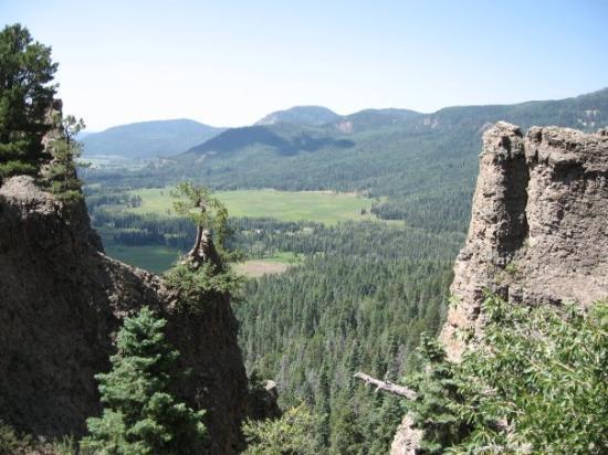 เบรกเคนริจด์, โคโลราโด: Just West of Wolf Creek Pass