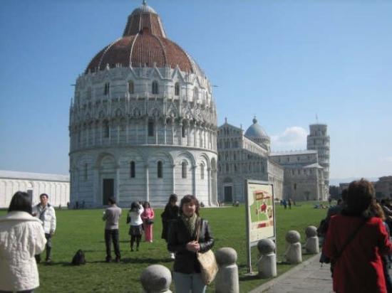 Leaning Tower of Pisa: pisa