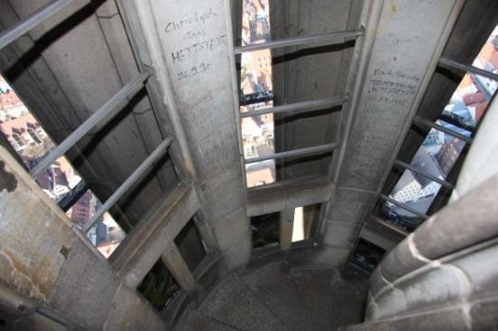 อุลม์, เยอรมนี: Dans l'escalier en redescendant. Amateurs de vertige s'abstenir!