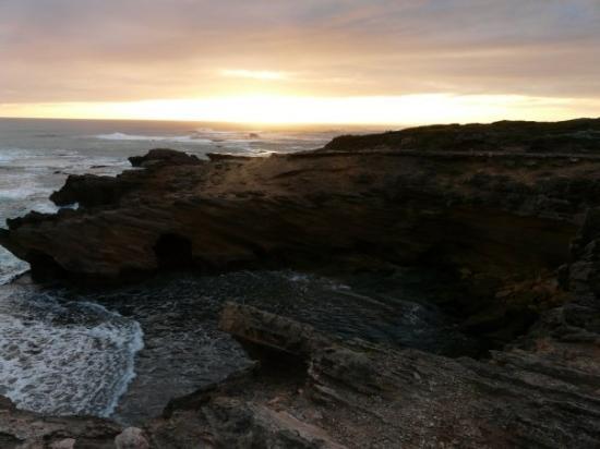 Warrnambool, ออสเตรเลีย: Sunset...