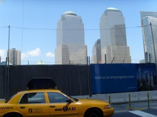 อนุสรณ์ 9/11: ground zero