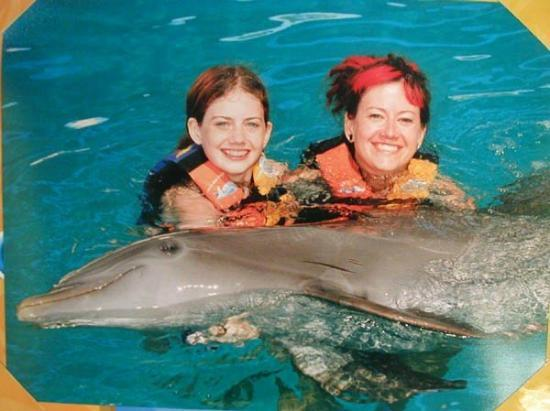 Yelapa, เม็กซิโก: Anime smiles at dolphin swim in Puerto Vallarta.