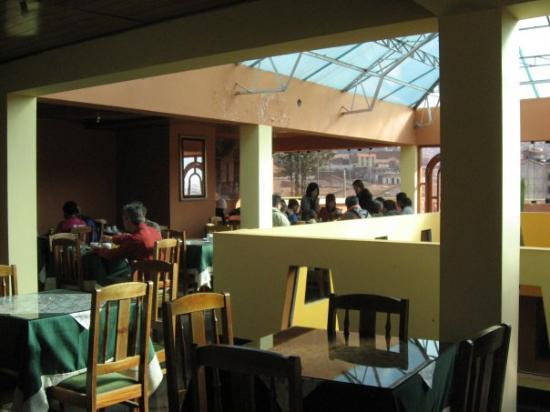 กุสโก, เปรู: This was the diner where we had breakfast every morning. The butler prepared for us bread of ver