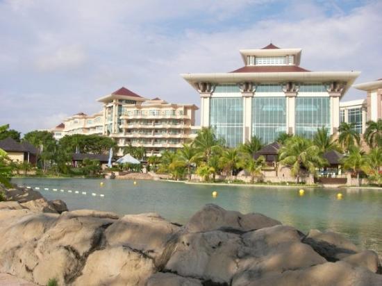 บันดาร์เสรีเบกาวัน, บรูไนดารุสซาลาม: 2009 July 7 star Empire Hotel Bandar Seri Begawan