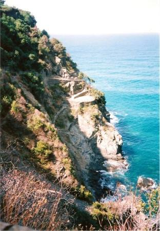 Manarola, อิตาลี: Hiking to Corniglia, Italy