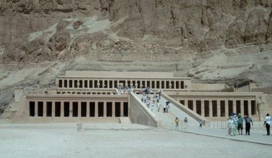 วิหารหัทเชฟัท ณ เดอีร์เอลบาฮารี ภาพถ่าย