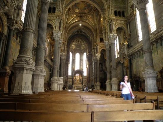 ลียง, ฝรั่งเศส: et voici La Fourvière