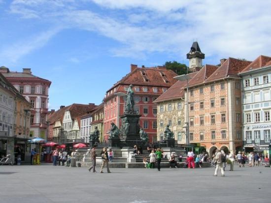 แกรซ, ออสเตรีย: Hautplatz,Graz