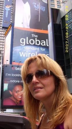 OnBoard New York Tours: Kimmie in Times Square.