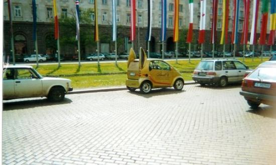โซเฟีย, บัลแกเรีย: The rabbit car in Sofia - Bulgaria 2005