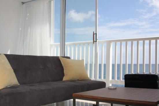 ซานฮวน, เปอร์โตริโก: The apartment has all-new furniture, and amazing ocean views.