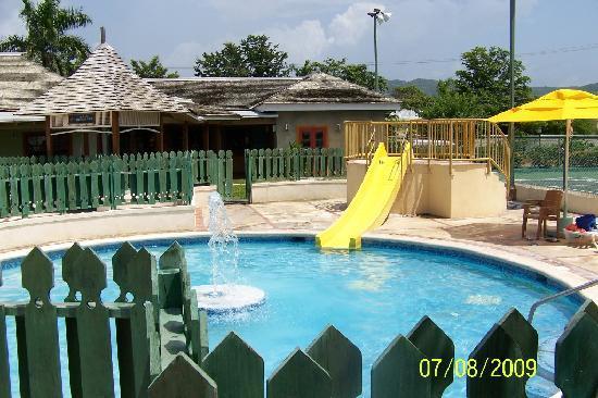 Sunscape Splash Montego Bay: Kid's pool