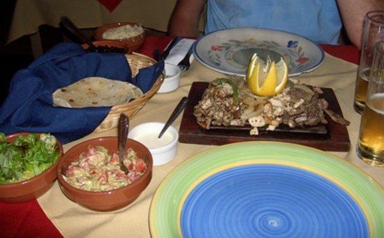 Cielito Comida Mexicana: Essen (Fajitas)