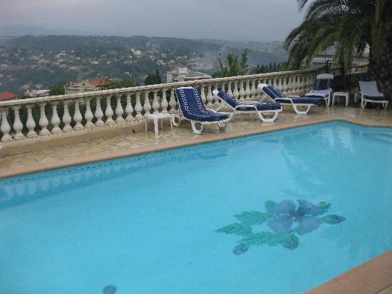 วองซ์, ฝรั่งเศส: la piscine