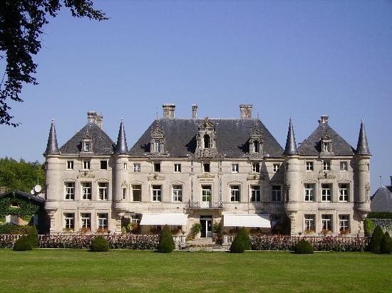 Dieue-sur-Meuse, Frankreich: le chateau
