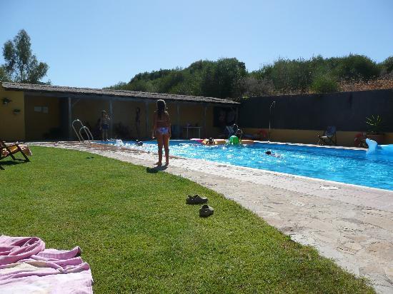 Cortijo Roman: Poolside