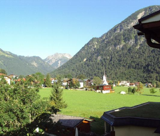 Der Wiesenhof: View from bedroom