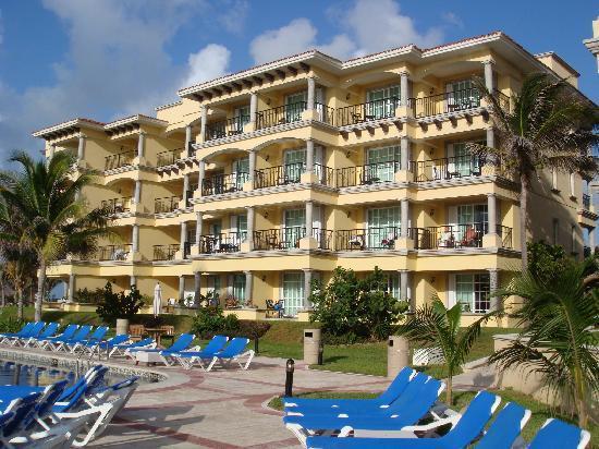 Hotel Marina El Cid Spa & Beach Resort: View of our Hotel Building