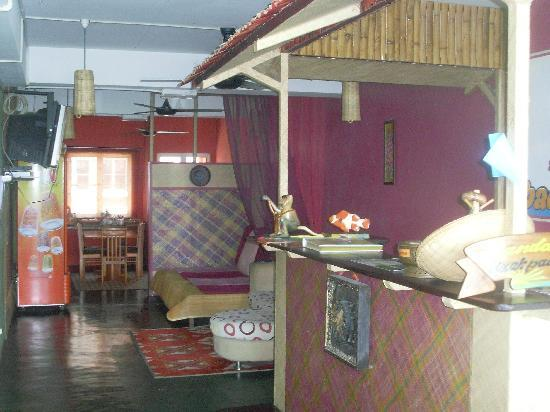 Sandakan Backpackers Hostel: the main area