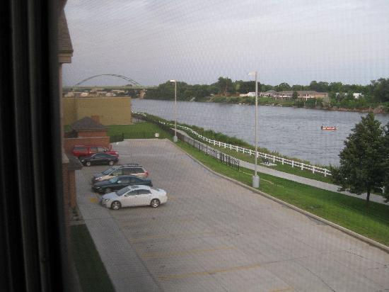 Nice Hilton Garden Inn Sioux City Riverfront: Looking East Along The Missouri  River Good Looking