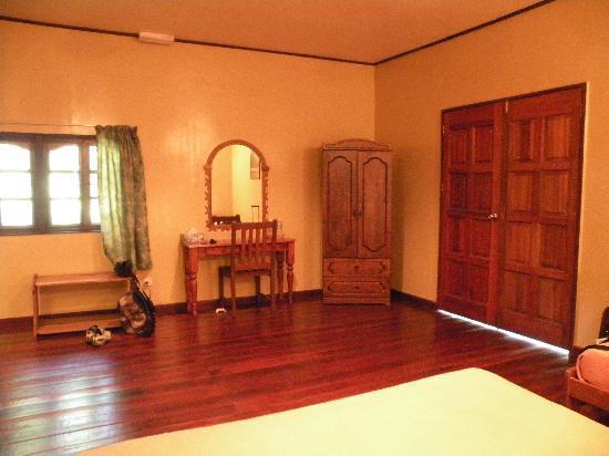 Melapi Lodge Sukau: interno della stanza2