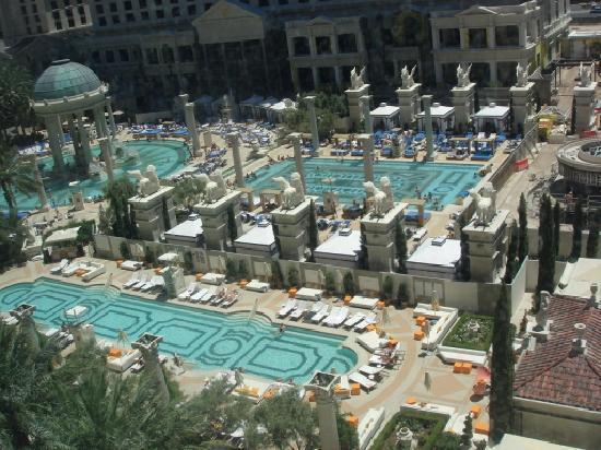 โรงแรมซีซาร์ พาเลส: プールもセレブ系