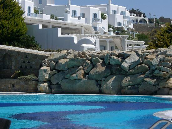 Mykonos Grand Hotel & Resort: la piscina