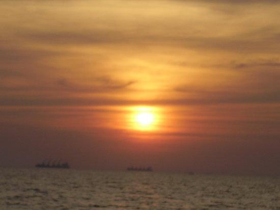 كاندوليم, الهند: candolim sunset