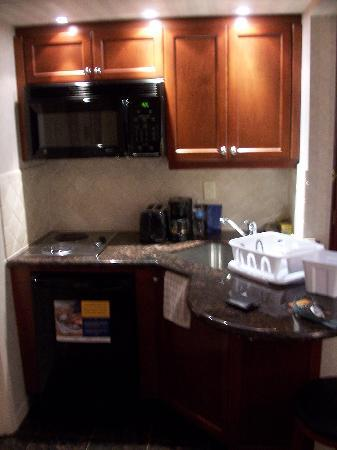 Extended Stay Canada - Toronto - Vaughan: Kitchen