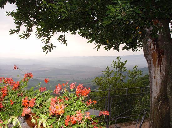 Hotel dei Capitani: view from patio