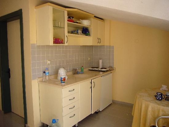 Romance Club Hotel: kitchen
