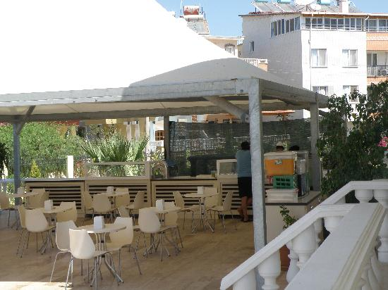 Palm Wings Beach Resort: .........